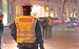 15-Jähriger wollte zwei Polizisten überfahren