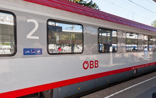 Volksanwalt prüft ÖBB wegen überfüllten Zugs