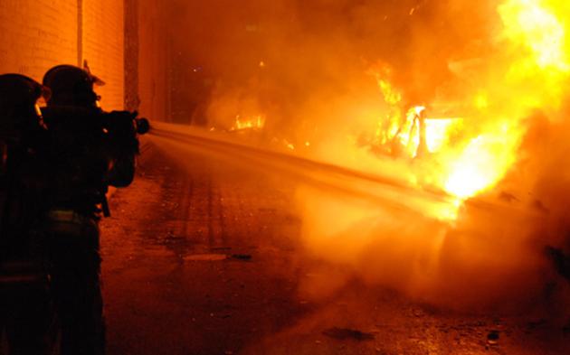 NÖ: Großbrand in Kunststoff-Fabrik