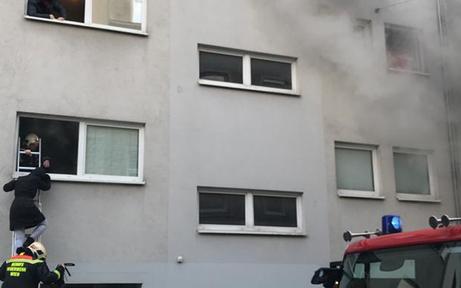 Wien-Hernals: Zwei Schwerverletzte bei Kellerbrand