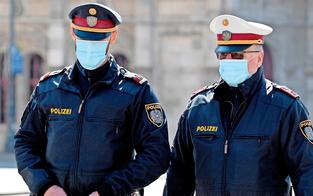 25-Jähriger bespuckte Polizisten