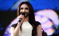10.000 Fans feiern Conchita Wurst