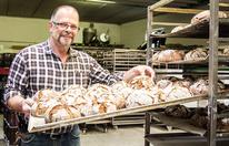 Bäcker droht Haft, weil er Mehl lagert