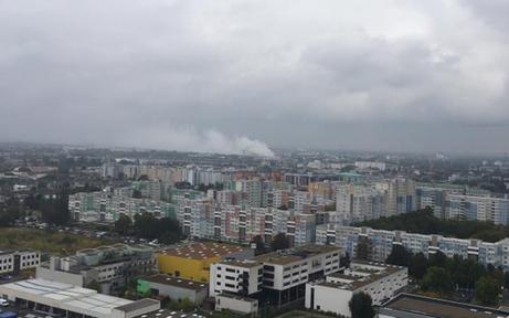 Riesen-Rauchwolke über Wien-Donaustadt