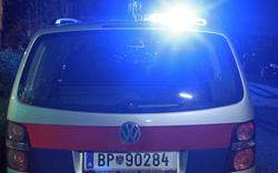 Mann bei Raubüberfall mit Messer attackiert