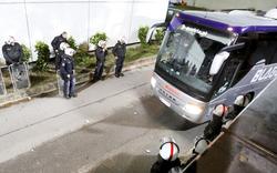 Aufstand der Austria-Fans: Bus blockiert