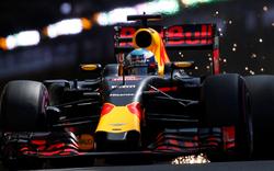 Ricciardo holt Pole in Monte Carlo