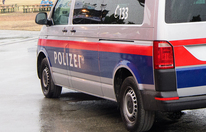 Polizei entdeckte toten Chauffeur hinter Lkw-Steuer