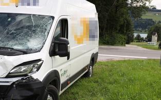Biker crasht mit Paketdienst: Motorradlenker und Mitfahrer tot