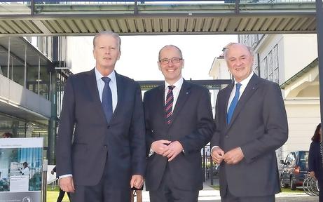 Mitterlehner feierte 20 Jahre Donauuni