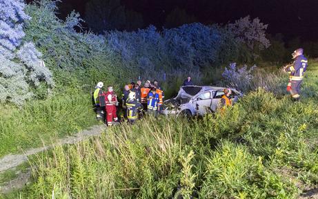 Tödlicher Unfall: Lenker lag im Gebüsch