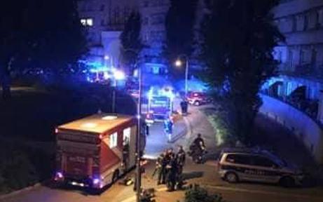 Kellerbrand in Wien - Bewohner flüchten aus Wohnungen
