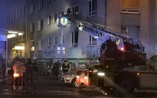 Wohnhaus-Brand in Wien: Eine Person tot