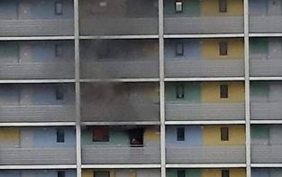 Ehefrau rettet Mann aus Brand-Wohnung