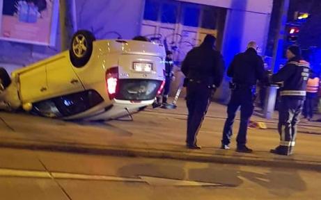 Spektakulärer Unfall in Wien