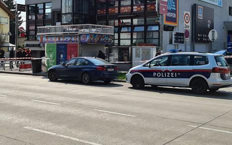 Wien: Bankräuber schoss sich Fluchtweg frei - Frau schwer verletzt