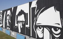 Riesiges Kunstwerk begeistert Autofahrer