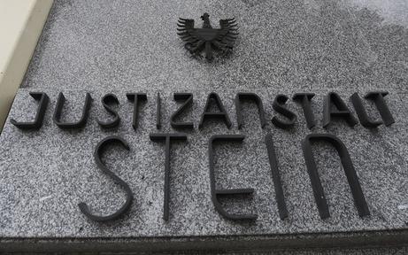 Kremser Unis ziehen in Gefängnis ein