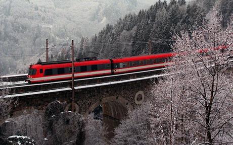 Güterzug auf Südbahn am Semmering entgleist