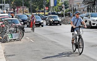 Proteste gegen neuen Radweg