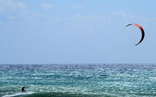 Schwerverletzter bei Kite-Surf-Unfall