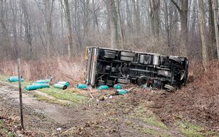 S5 wegen Explosionsgefahr nach Lkw-Unfall gesperrt