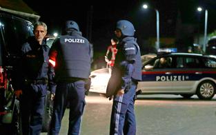 Anklage steht: 6-facher Mordversuch an Polizisten