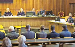Böller-Prozess: Acht Jahre Haft für Haupttäter