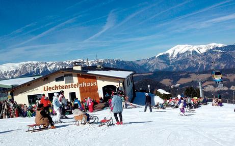 Jetzt stürmen Wintersportler die Skipisten