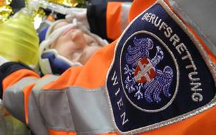 Mann nach Sturz aus Fenster in Wien auf Intensivstation