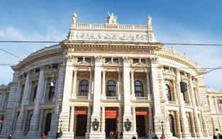 Burgtheater-Premiere zu Turrinis Siebziger