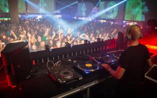 Rave on Snow: DJs bringen Alpen zum Beben