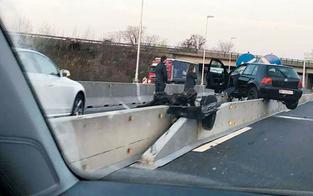 Kurioser Crash legte Ostautobahn lahm