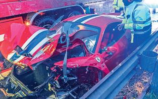 560-PS-Ferrari bei Frontal-Crash auf A2 geschrottet