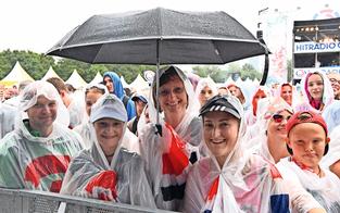 Donauinselfest: Millionen-Show trotz Regen