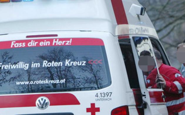 Fenstersturz: Kind fiel in Enns aus zweitem Stock | Drama in Oberösterreich
