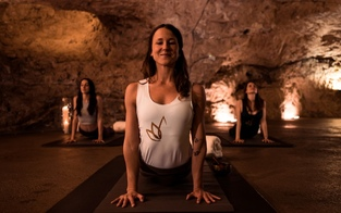 Yoga im Berg