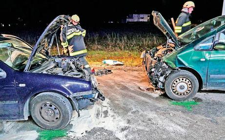 Frontalcrash fordert vier Verletzte