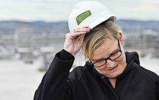 Rote Frauenriege hat hoch dotierte Versorgungsjobs