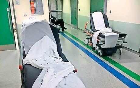 Spitals-Skandal: Täglich mehr Betten am Gang