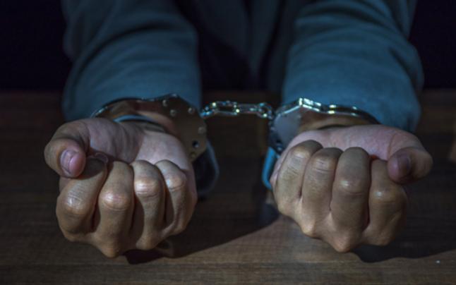 Dealer attackierte Polizisten: Festnahme