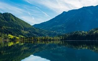 Lunzer See: Niederösterreichs größter Naturbadesee