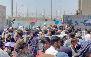 Mehr als 200 Afghanen aus Kabul evakuiert