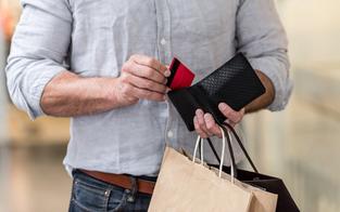 Kaufsucht: Nicht nur Frauen betroffen