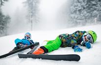 12-jähriger Snowboarder raste Zwillingsmädchen nieder