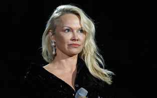 Pamela Anderson kritisiert Matteo Salvini
