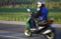 Horror-Crash: 17-Jähriger kracht mit Moped in Lkw - tot