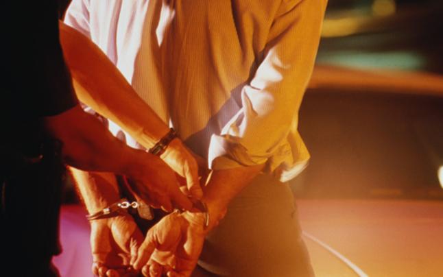 Betrunkene verpetzte Sohn & Ehemann versehentlich bei Polizei
