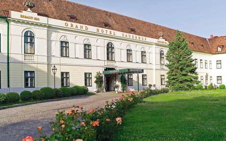 Sauerhof: Im Juli startet Umbau in Gesundheitshotel