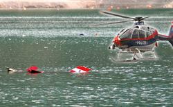 Polizei-Heli stürzt in See: 4 Tote